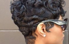 45 Wedge Haircuts for Women Over 50 for Those into Simple and Classic Appearance e041430ff959b9f4390edf6e385ee59a-235x150