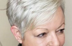 45 Short Hairstyles for Grey Hair and Glasses that Make Older Women Still Looking Stylish pixie_undercut_hairstyle_with_grey_hairs_3-235x150
