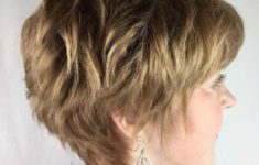 45 Short Hairstyles for Grey Hair and Glasses that Make Older Women Still Looking Stylish voluminous_pixie_cut_for_the_aged_women_4-235x150