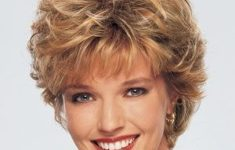 50 Gorgeous Wedge Haircuts for Women over 60 0608b8514e73e215ee35a9549d2c4a81-235x150