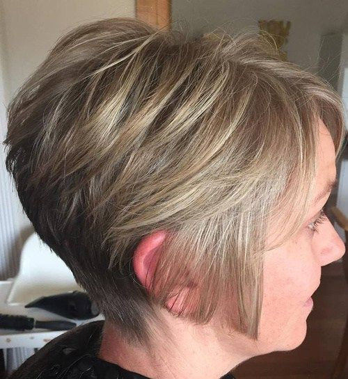 Angled Short Wedge Haircuts for Women 1