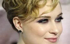 50 Best Pixie Haircuts For Women Over 40 919db103291edede0bb454a92b51a17c-235x150