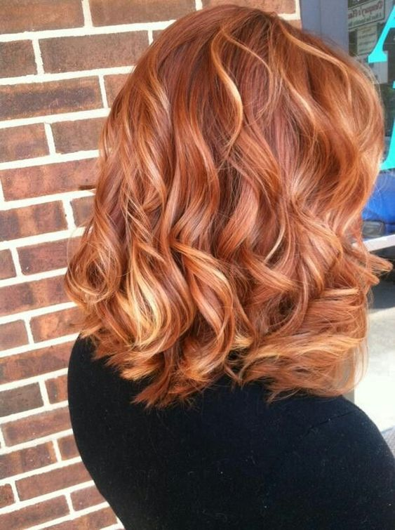 Blonde Stacked Do with Ringlets 5