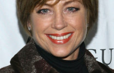 50 Most Favorite Short Wedge Haircuts For Women Over 40 dorothy-hamill-haircut5-235x150