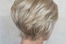 50 Gorgeous Wedge Haircuts for Women over 60 images-225x150