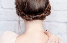 9 Most Beautiful Wedding Hairstyles for Short Hair 06c01e34b522196abc995d3e665be408-235x150