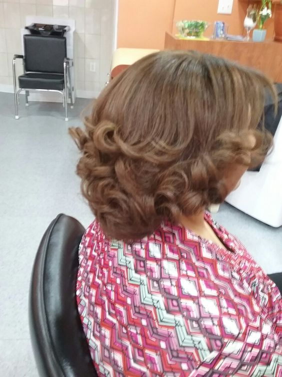 Flipped Under Bob Hairstyle for Women Over 50 with Fine Hair 1