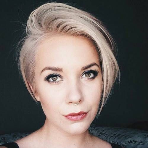 Versatile Pixie Hairstyle for Women Over 50 with Fine Hair 1