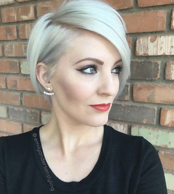 72 Best Short Hairstyles for Fine Hair over 50 Years Old 9271d4be4de20fc18fd7366181bf89ed