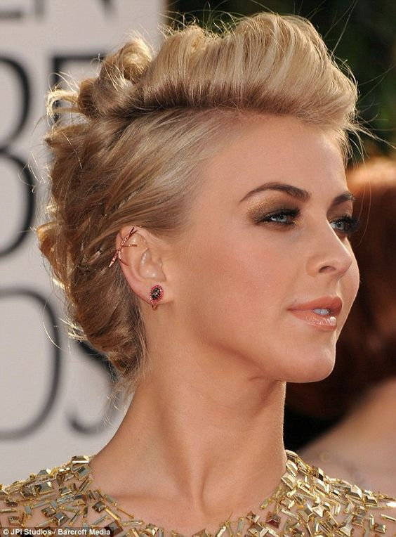 Top 78 Easy Updos for Short Hair to Do Yourself Alternative-Braided-Mohawk-easy-updos-for-short-hair-to-do-yourself-1