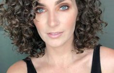 54 Best Women's Hairstyles for over 40 and Overweight Curly-Bob-Hairstyle-for-over-40-and-Overweight-Women-4-235x150
