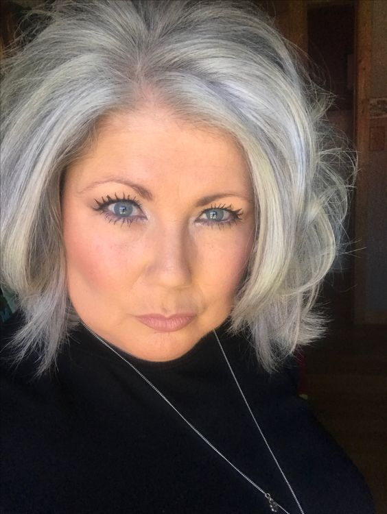 Hairstyles with Volumes for Seniors with Thin Hair That Give Youthful Look 5 Hairstyles-with-Volumes-for-Seniors-with-Thin-Hair-That-Give-Youthful-Look-5