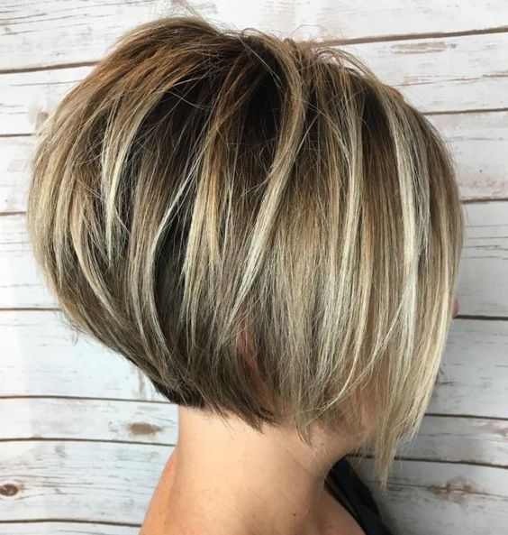 Hairstyles for Seniors with Thin Hair That Give Youthful Look Layered-Graduated-Bob-for-Seniors-with-Thin-Hair-That-Give-Youthful-Look-1