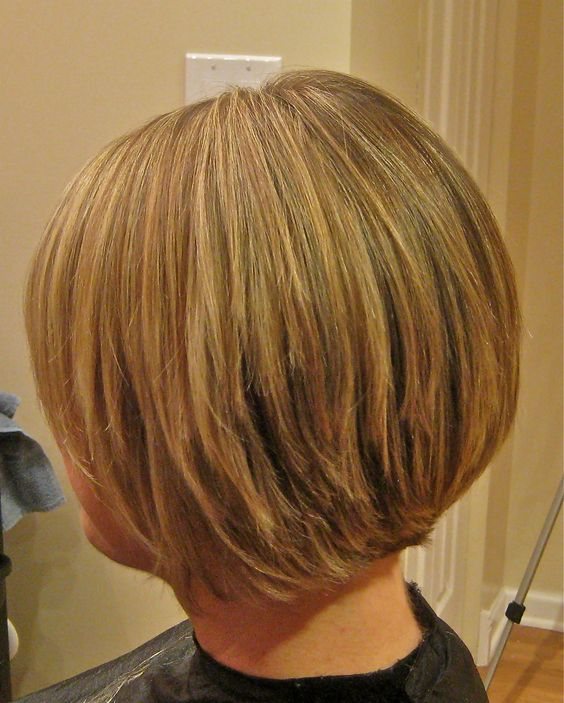 Layered Graduated Bob for Seniors with Thin Hair That Give Youthful Look 5 Layered-Graduated-Bob-for-Seniors-with-Thin-Hair-That-Give-Youthful-Look-5
