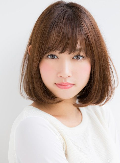 72 Cute and Chic Asian Hairstyles for Women Medium-Bob-With-Bangs-Asian-hairstyles-for-women-1