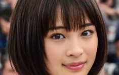 72 Cute and Chic Asian Hairstyles for Women Medium-Bob-With-Bangs-Asian-hairstyles-for-women-2-235x150