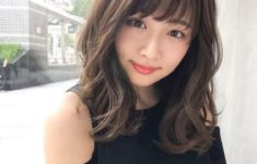 72 Cute and Chic Asian Hairstyles for Women Medium-Length-With-Bangs-Asian-hairstyles-for-women-6-235x150