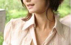 72 Cute and Chic Asian Hairstyles for Women Ragged-Bob-Asian-hairstyles-for-women-4-235x150