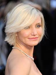 Short Bob Hairstyle for over 40 and Overweight Women 6 Short-Bob-Hairstyle-for-over-40-and-Overweight-Women-2