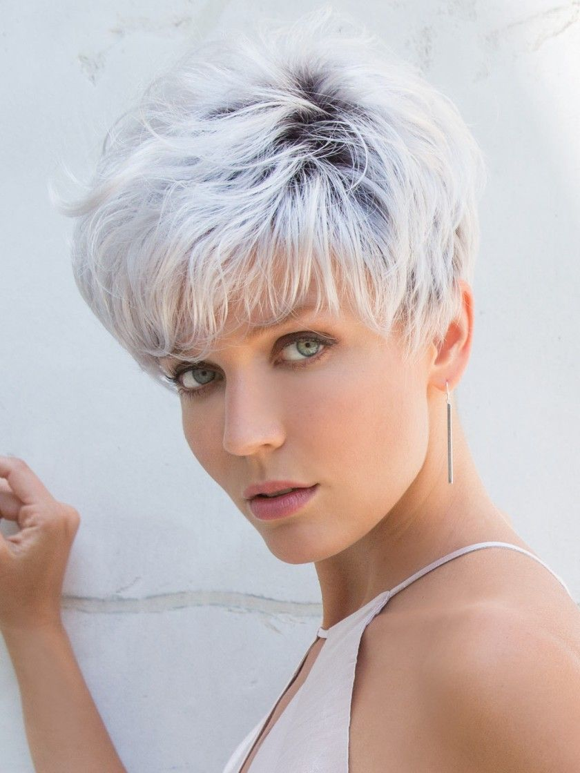 Thick Pixie Hairstyle for over 40 and Overweight Women 2 Thick-Pixie-Hairstyle-for-over-40-and-Overweight-Women-6