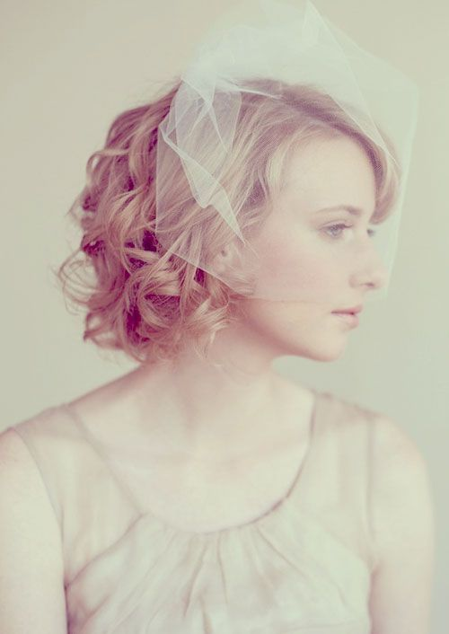 9 Most Beautiful Wedding Hairstyles for Short Hair a41c23323f01c0fded05d2e484c933d5