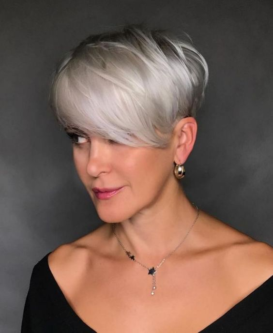 Long Pixie Haircuts for Women Over 50 with Fine Hair 3