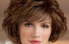 72 Best Short Hairstyles for Fine Hair over 50 Years Old b065d851afeb47a48fb823dbca27fcaf-235x150
