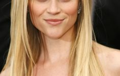 54 Best Women's Hairstyles for over 40 and Overweight straight-light-bang-4-235x150