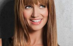 54 Best Women's Hairstyles for over 40 and Overweight straight-light-bang-6-235x150