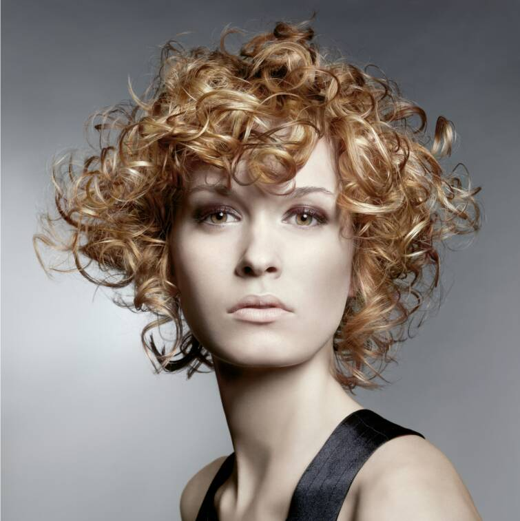 Short Natural Curly Hairstyles 2015 2013-Short-Natural-Curly-Hairstyles