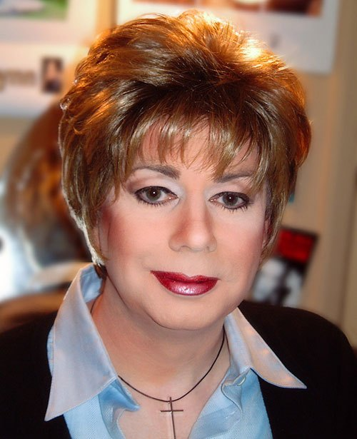 Short Hairstyles for Women Over 50 Cute-Short-Hairstyles-for-Women-Over-50