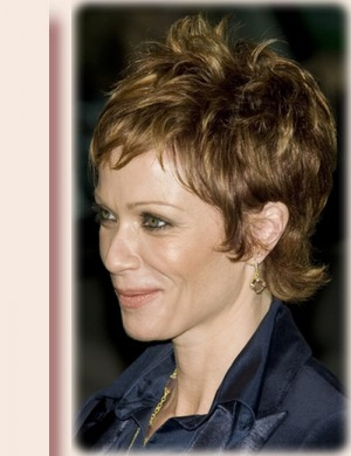 Short Hairstyles and Color Ideas for Women Over 40 Messy-Short-Hairstyles-for-Women-Over-40