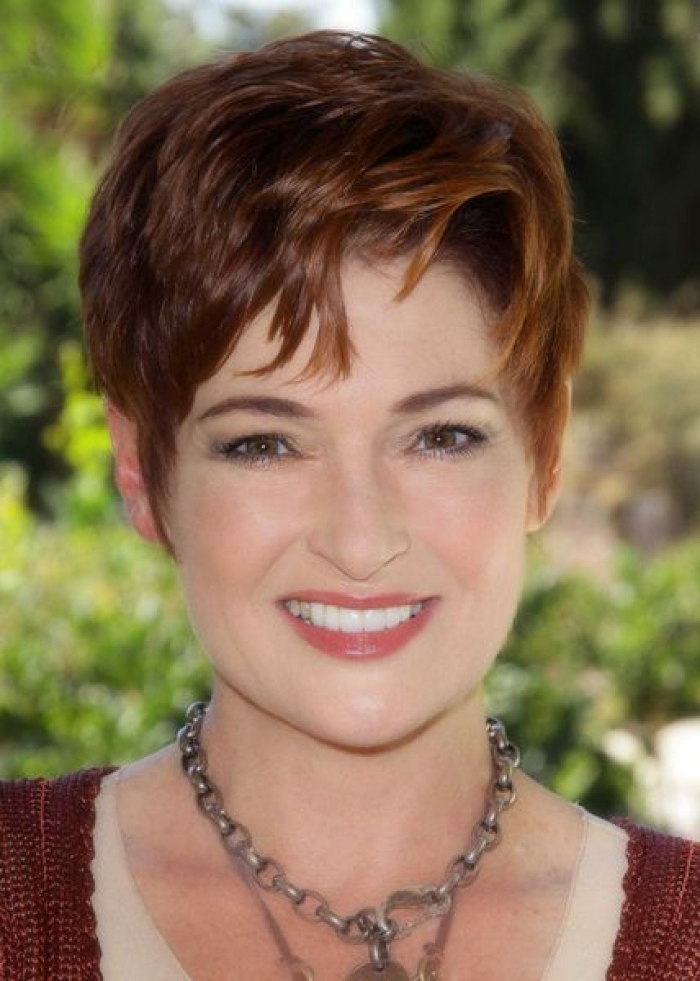 Short Hairstyles and Color Ideas for Women Over 40 Short-Hairstyles-and-Color-Ideas-for-Women-Over-40