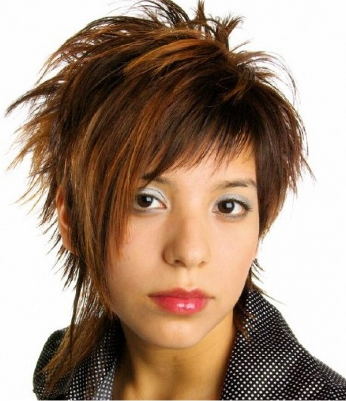 Short Layered Shaggy Hairstyles Short-Layered-Shaggy-Hairstyles-for-Girls