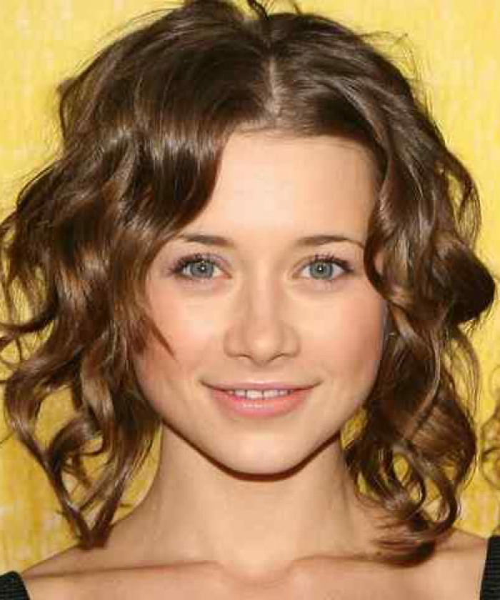 Short Natural Curly Hairstyles for Round Faces 2013