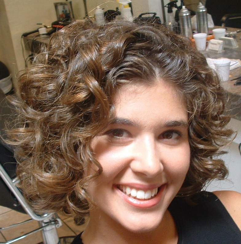 Short Natural Curly Hairstyles 2015 Short-Natural-Curly-Hairstyles-for-Round-Faces