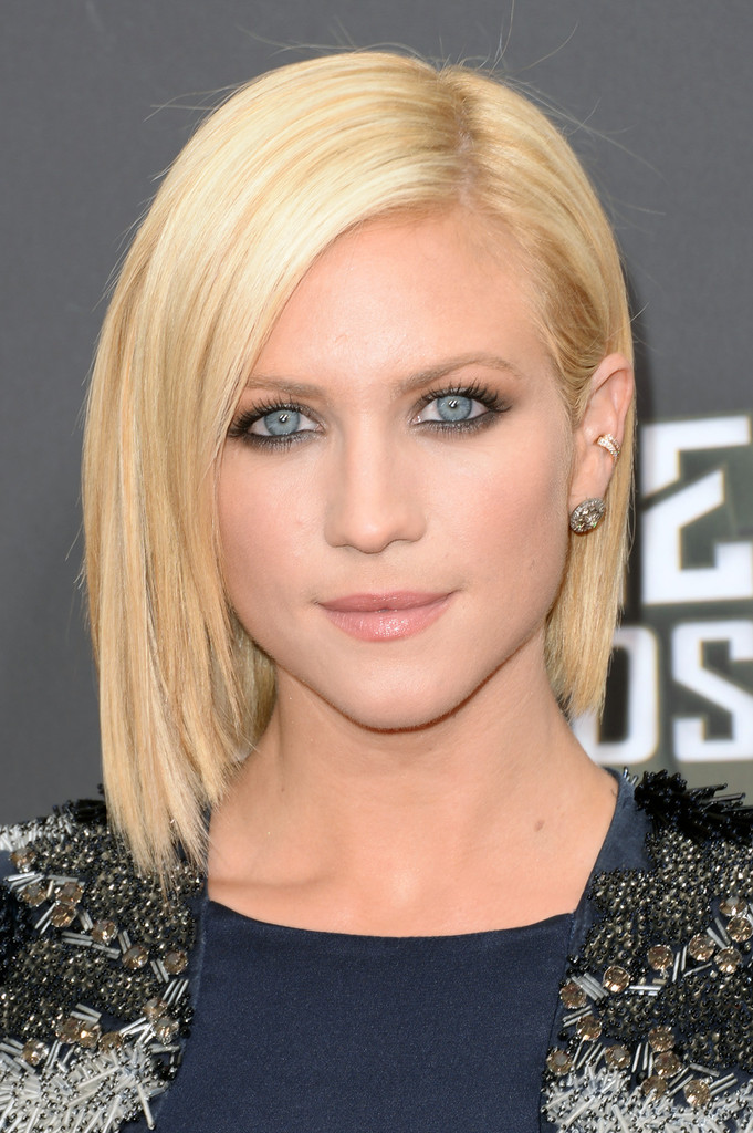 Short Straight Bob Hairstyles 2013 Short-Straight-Bob-Hairstyles-2013