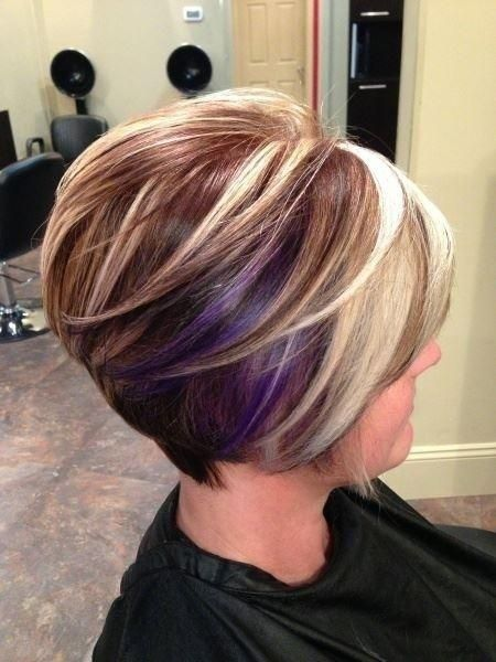 10 Cute Short Blonde Haircuts for Older Women (Updated 2021) Caramel-and-ash-blonde-highlights