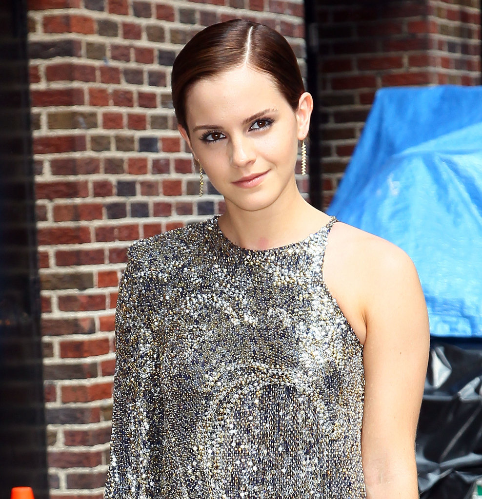 Best Celebrity with Short Pixie Hairstyles Emma-Watson-with-Short-Pixie-Hairstyles