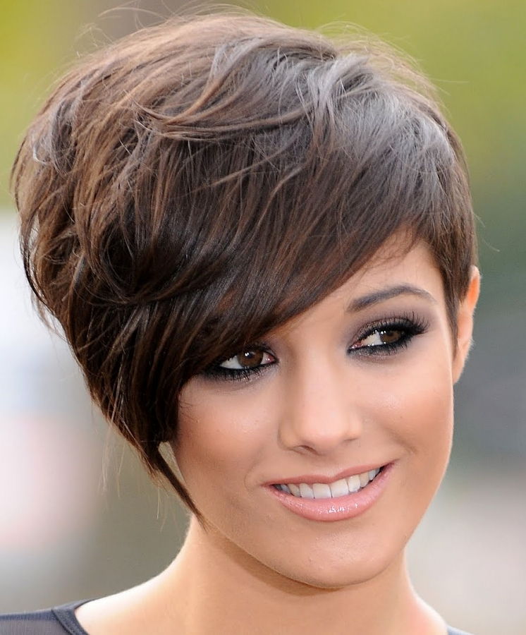Elegant Short Hairstyles for Beautiful Women Latest-Elegant-Short-Hairstyles-for-Women