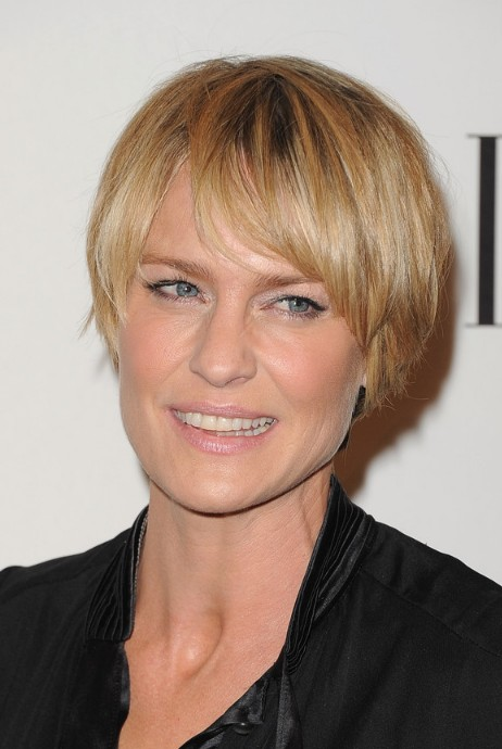 Short Layered Haircuts for Women Over 40 Layered-Short-Choppy-Razor-Cut-for-Women-Over-40