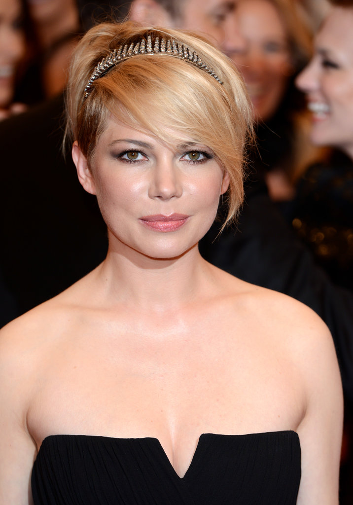 Michelle Williams with Short Pixie Hairstyles
