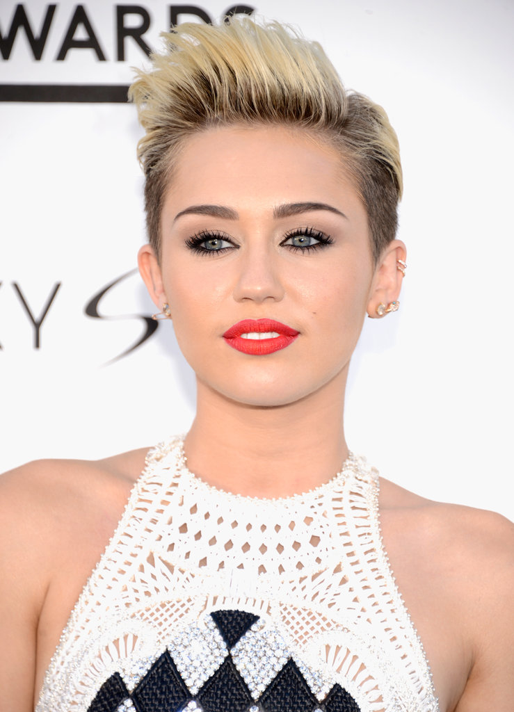 Best Celebrity with Short Pixie Hairstyles Miley-Cyrus-with-Short-Pixie-Hairstyles