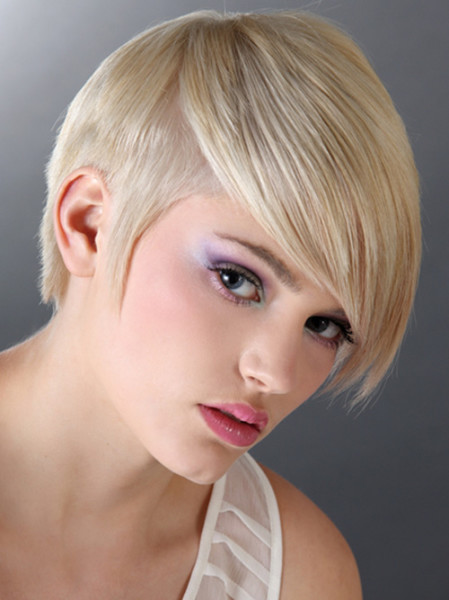 New Trendy Short Haircuts for Women 2015 New-Autumn-Winter-2013-Short-Haircuts-Trends-449x600