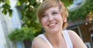 Short Hairstyles With Bangs For Oval Faces