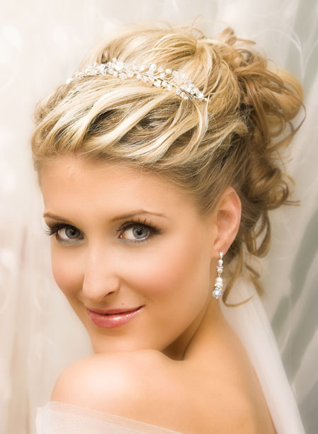 Beautiful Short Wedding Hairstyles 2015 Short-Wedding-Hairstyles-with-Tiara