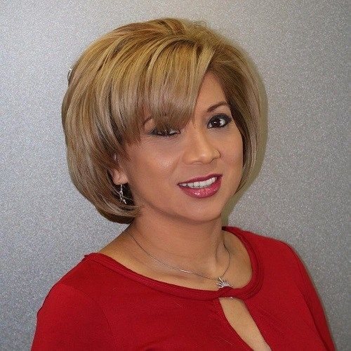 Classic Short Bob Hairstyle For Women Over 50 6