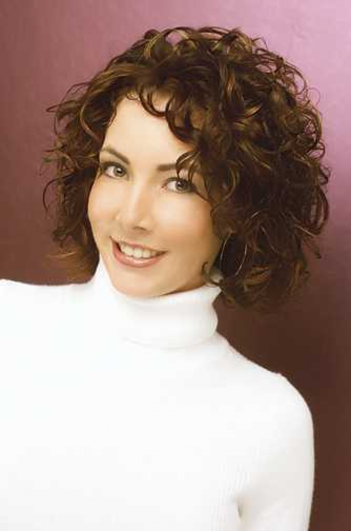 Trendy Short Curly Haircuts for Women Short-Curly-Haircuts-For-Women-Over-40