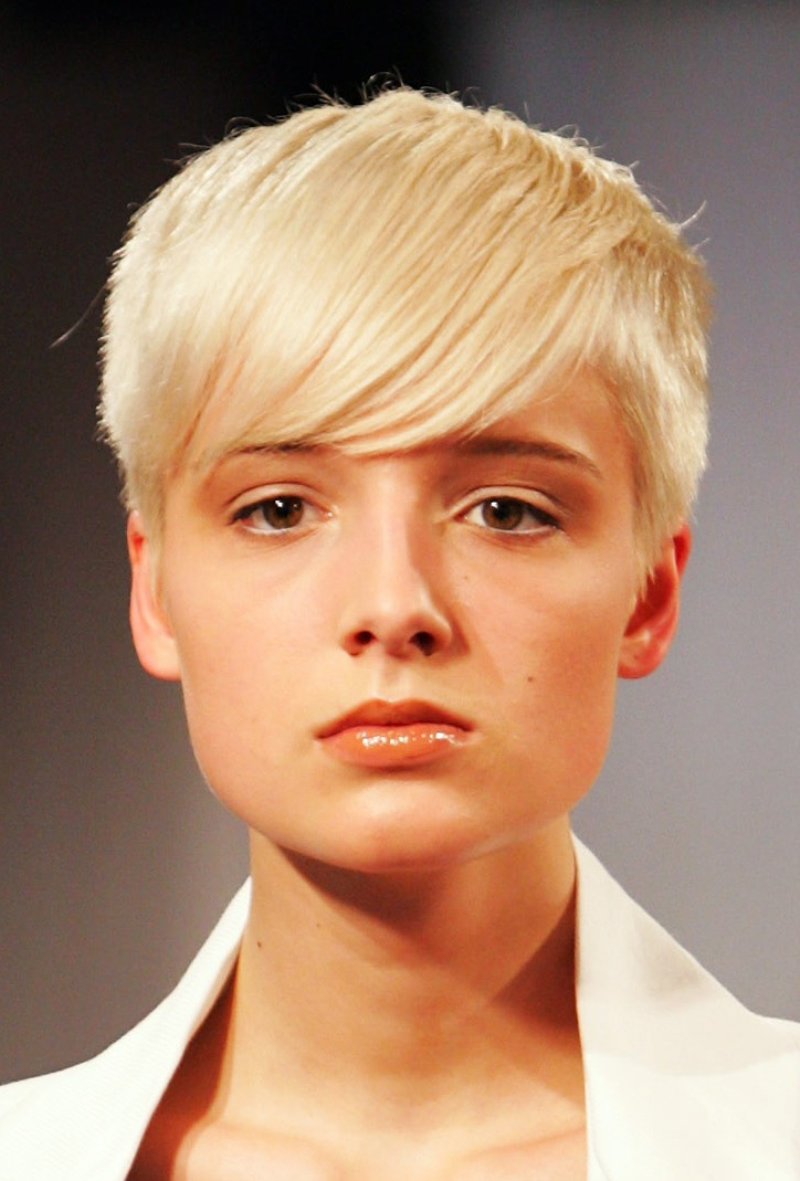 Best Womens Short Hairstyles 2013 Womens-Short-Hairstyles-for-Oval-Faces