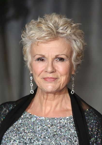 72 Beautiful Short Hairstyles for Women Over 60 (Updated 2019) 34b1875d34aebef50883d204b52bc7a0